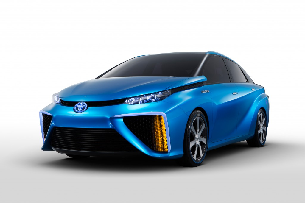 2014_CES_Toyota_Fuel_Cell_Vehicle_Concept_008