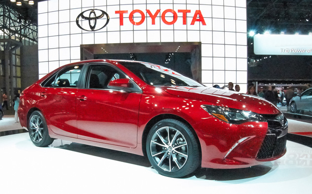2015 toyota camry xse test drive toyota of the black hills blog. Black Bedroom Furniture Sets. Home Design Ideas